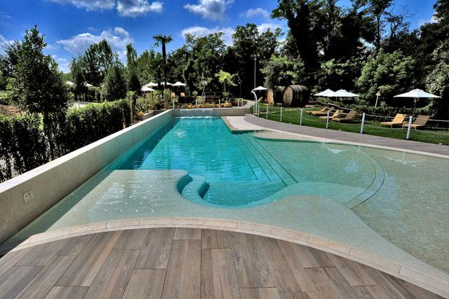 estate in piscina a bologna relais bellaria hotel bologna